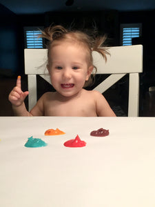 fun (and safe) finger painting with toddlers
