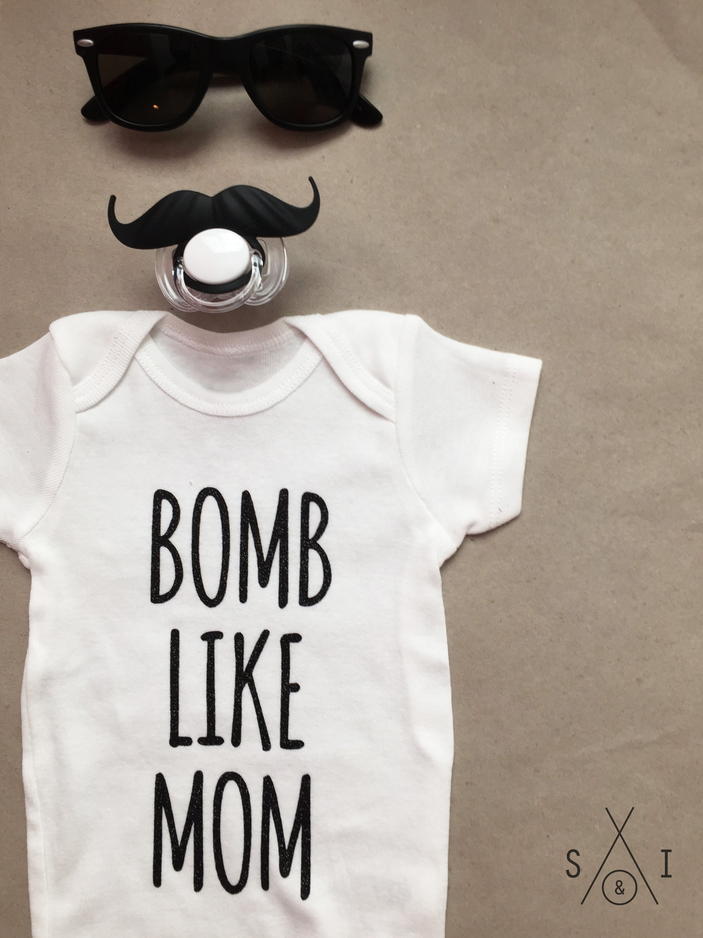 bomb like mom baby onesie bodysuit