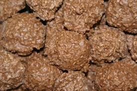 CHOCOLATE COCONUT HAYSTACKS 350G