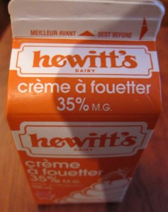 HEWITT'S  WHIPPING CREAM (35%) 250 ML