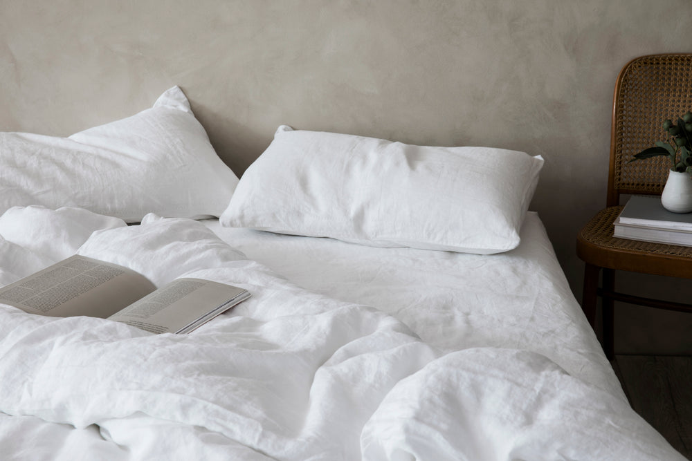 Load image into Gallery viewer, Linen Duvet Cover in White