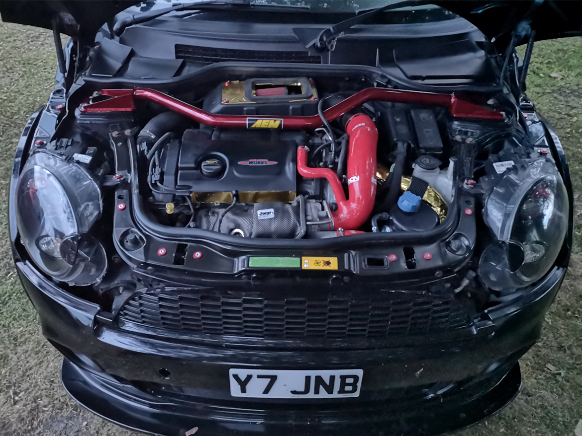 Customised performance track Mini Cooper JCW turbo for sale