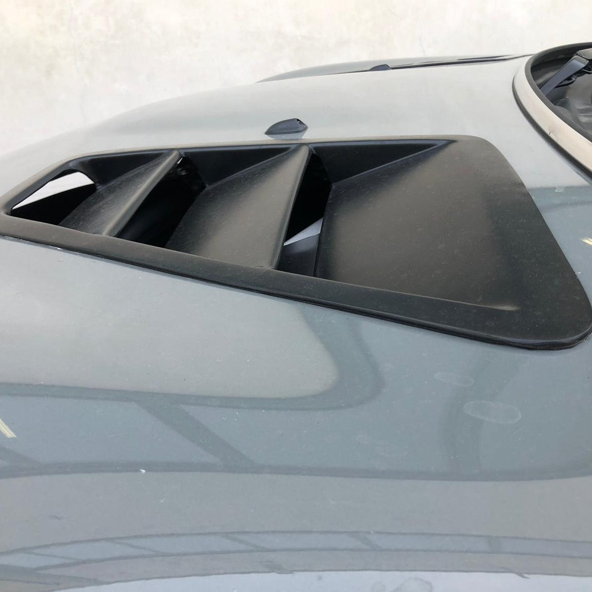 Bonnet air vents - All models