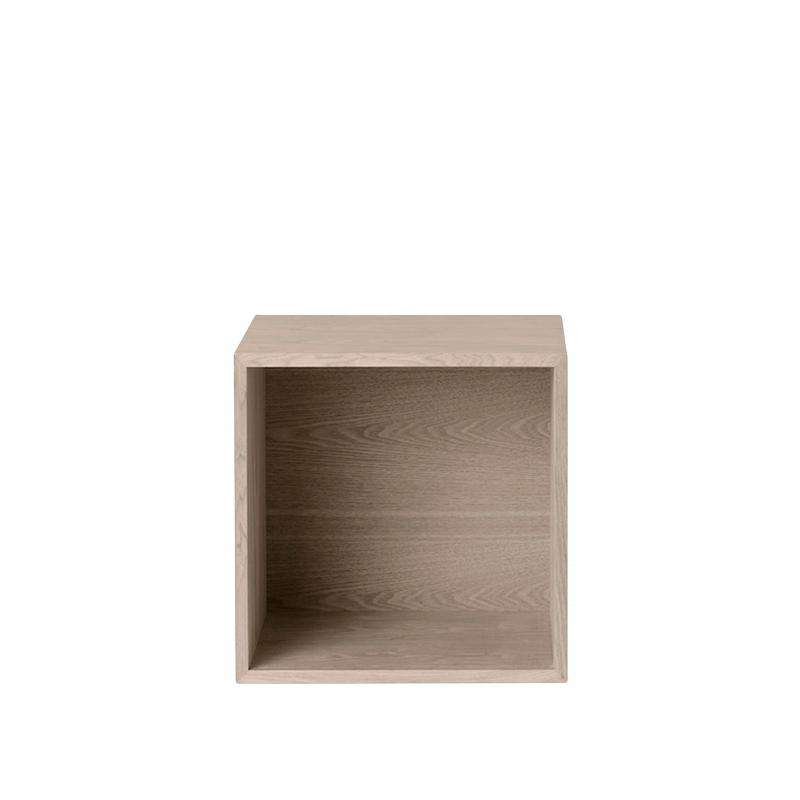 Muuto Stacked storage system with backboard medium ash