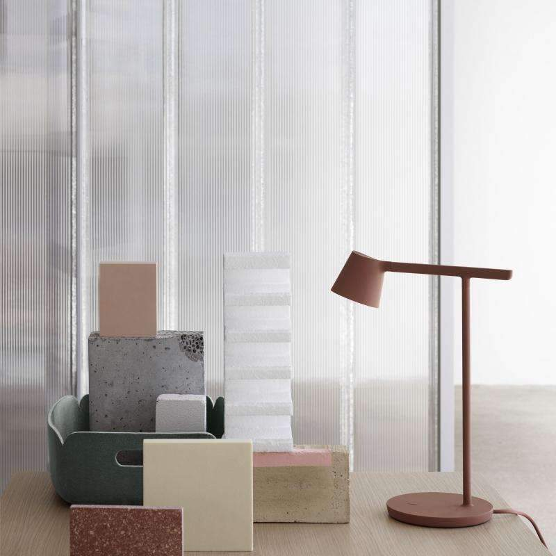 Muuto tip copper brown