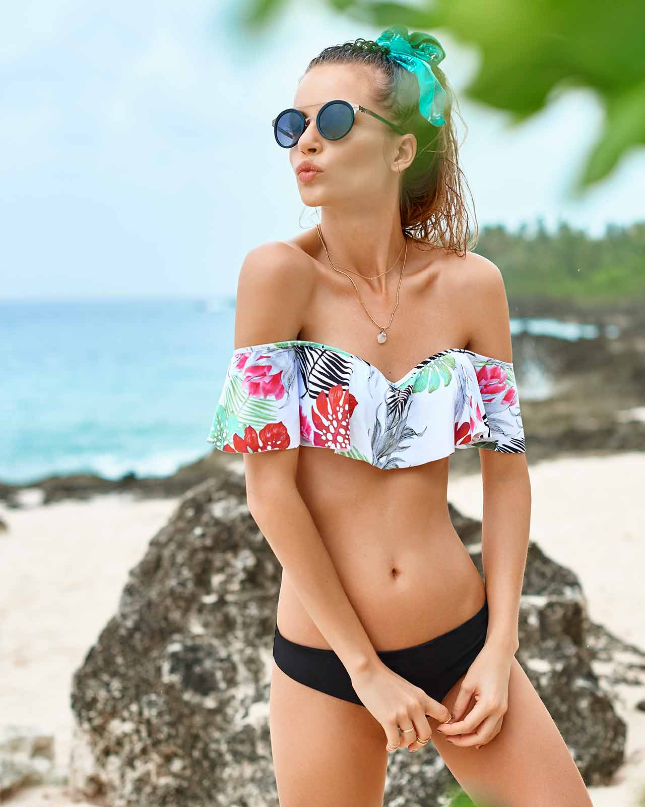 MERRY BLOSSOM OFF SHOULDER SEAMLESS BIKINI