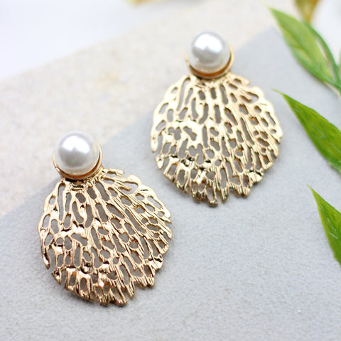 Pearl Filigree Gold Earrings