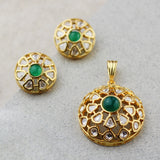 Statement Web Green Pendant Set