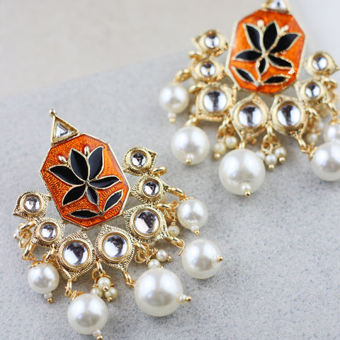 Lotus Drop Black/Orange Earring