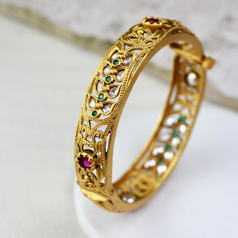Statement Leaf Bangle