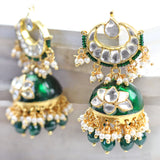 Statement Kundan Green Jhumke