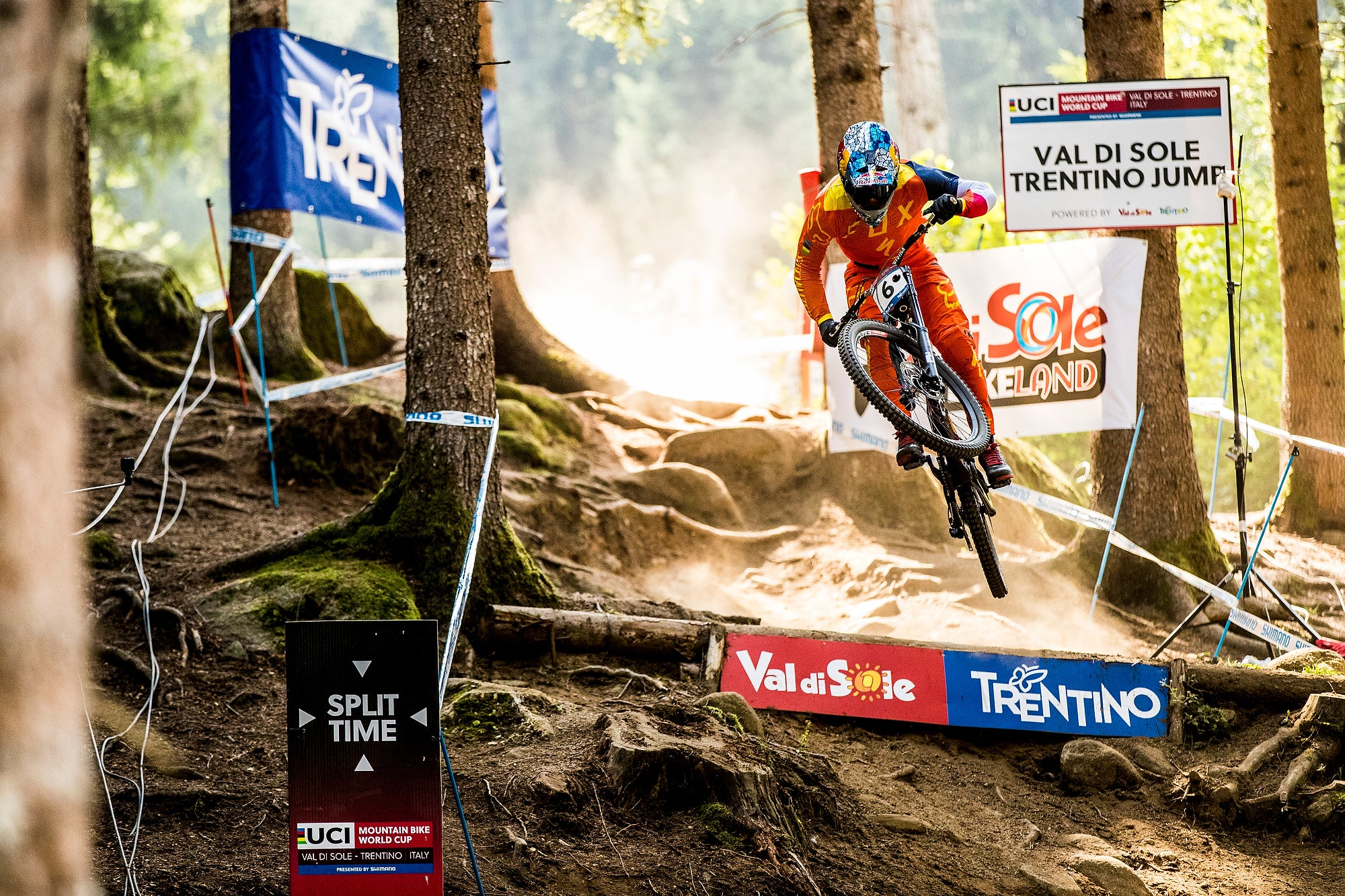 cd5e415e279 Fast Life with Loic Bruni – Crankbrothers