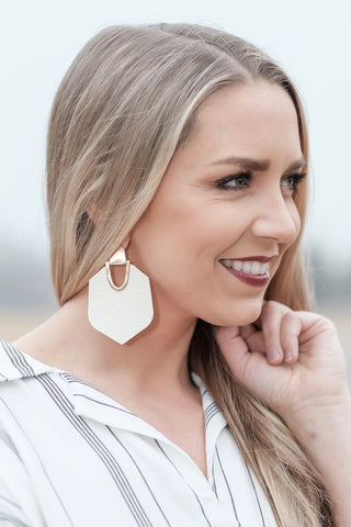 Iris Ivory Earrings