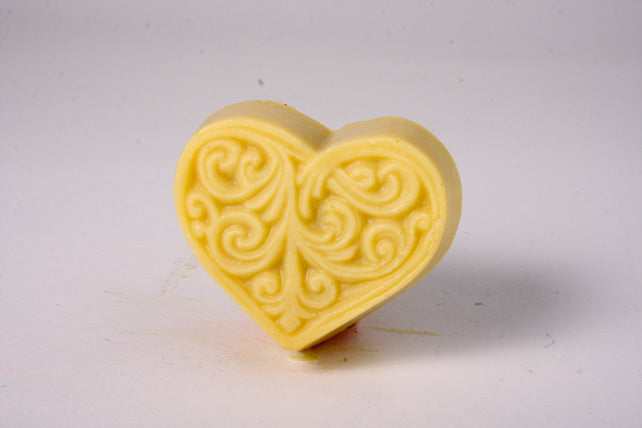 Hearts Swirl - Peppermint with Tea Leaf Bits