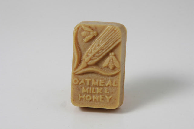 Wheat Rectangle - Honey Almond with Oat Bran
