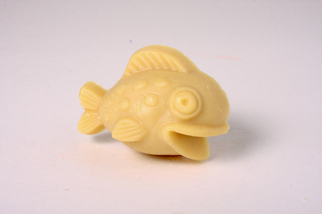 Lil Scrubber Fish - Really Raspberry