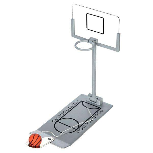 Mad Man Desktop Hoops Game