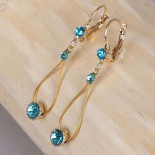 Teardrop Earring With Crystals