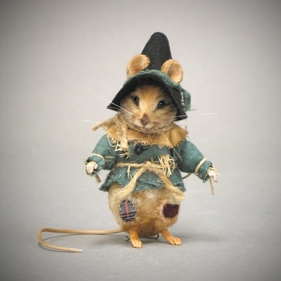 Scarecrow Mouse - Wizard of Oz™
