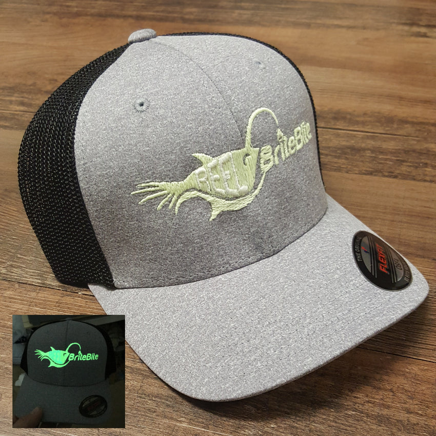 Brightest 12v green fishing light glow in the dark flexfit hat. Great for night fishing.