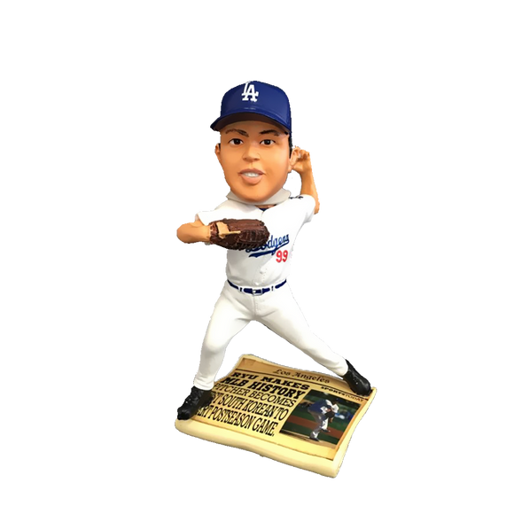 FOCO Ryu Dodgers Newspaper Bobblehead HEH0514