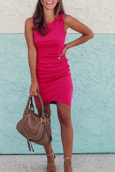 Sleeveless Ruched O-Neck Dress