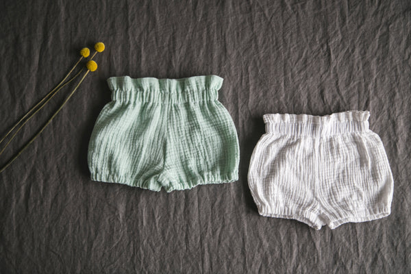 "Baby bloomers ""shorts"" ecru"