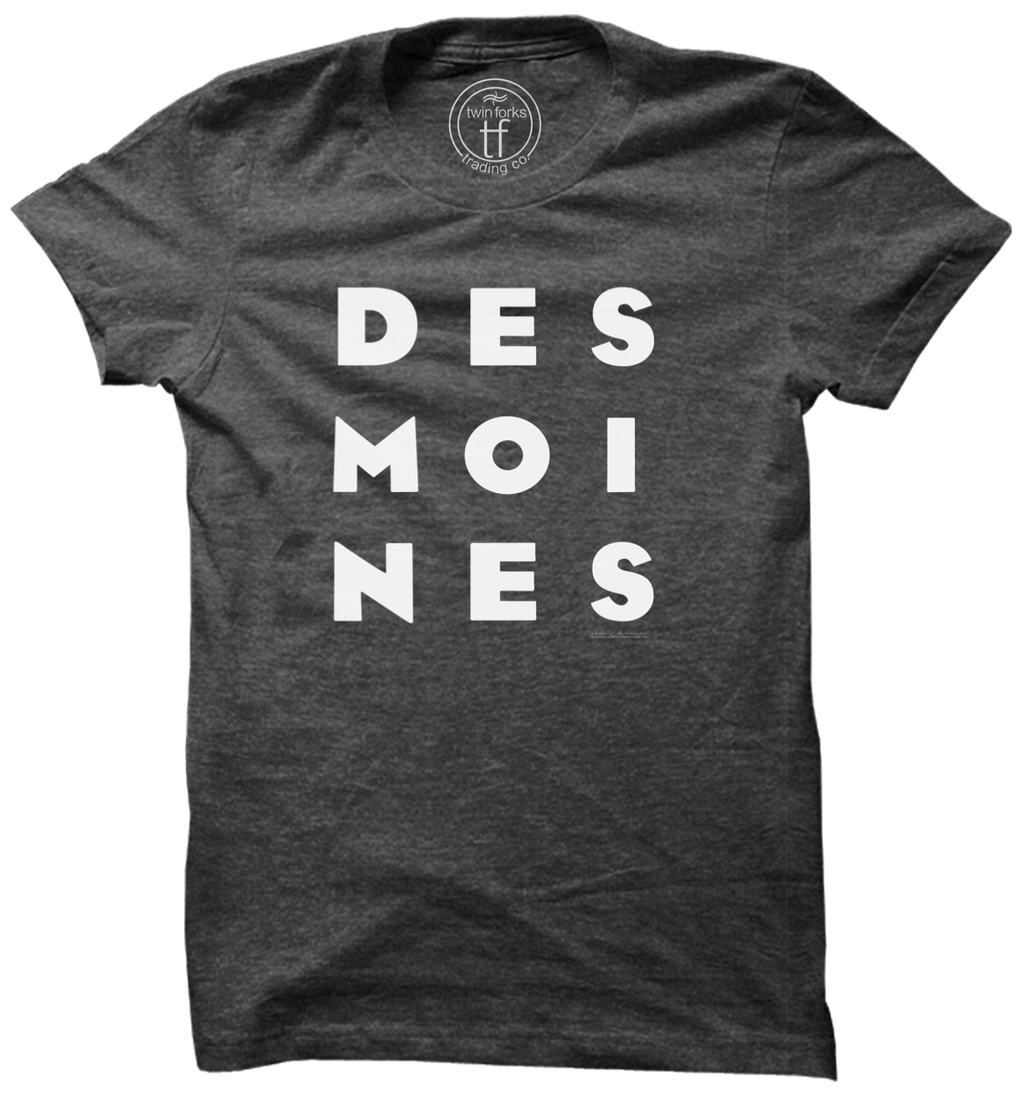 DES MOINES Stack Tee