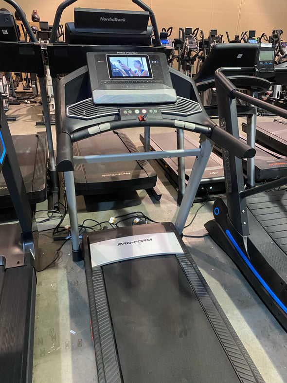 2021 ProForm Carbon T10 Treadmill