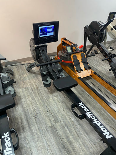 "2021 Nordictrack RW600 Rowing Machine w/ 10"" Touchscreen"