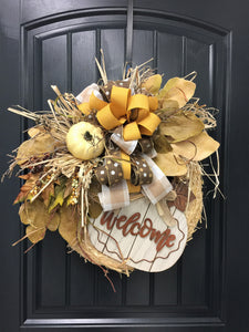 "16"" Fall Pumpkin Straw Wreath"