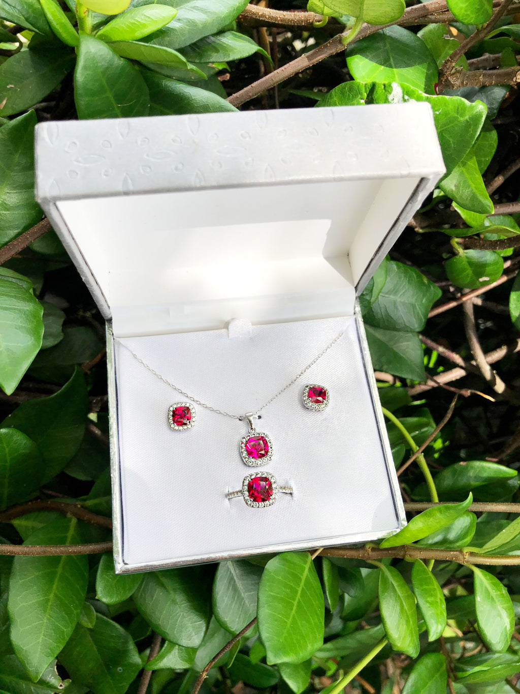 Ruby Jewelry Set
