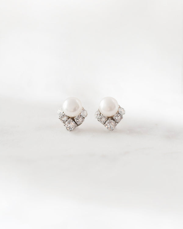 natural freshwater pearl celestial swarovski crystal stud earring in silver