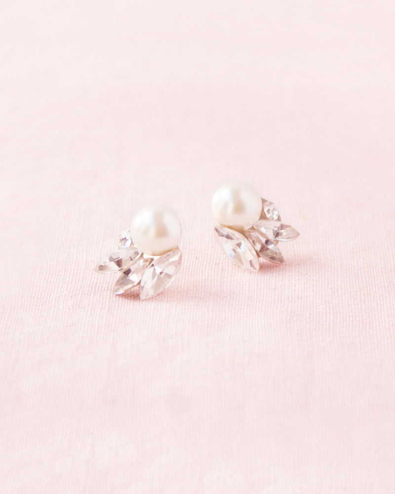 Starlight swarovski crystal freshwater pearl stud earrings