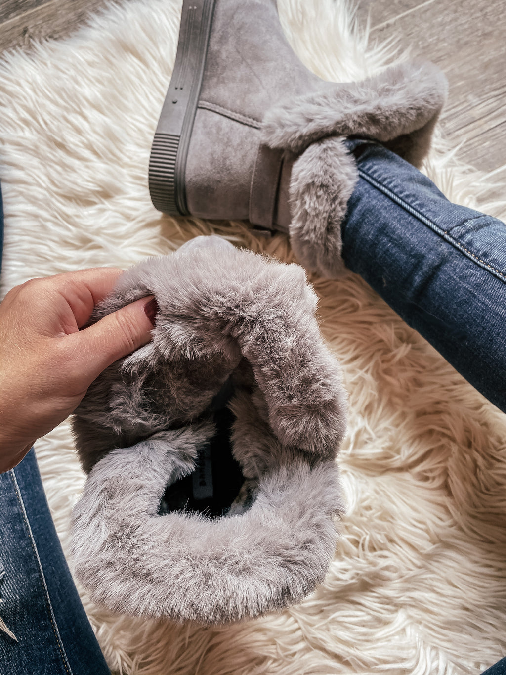 Libby Faux Suede Fur Boots in Grey