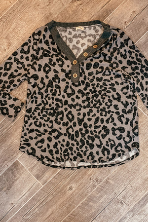 The Grey and Black Leopard V-Neck Top in Plus