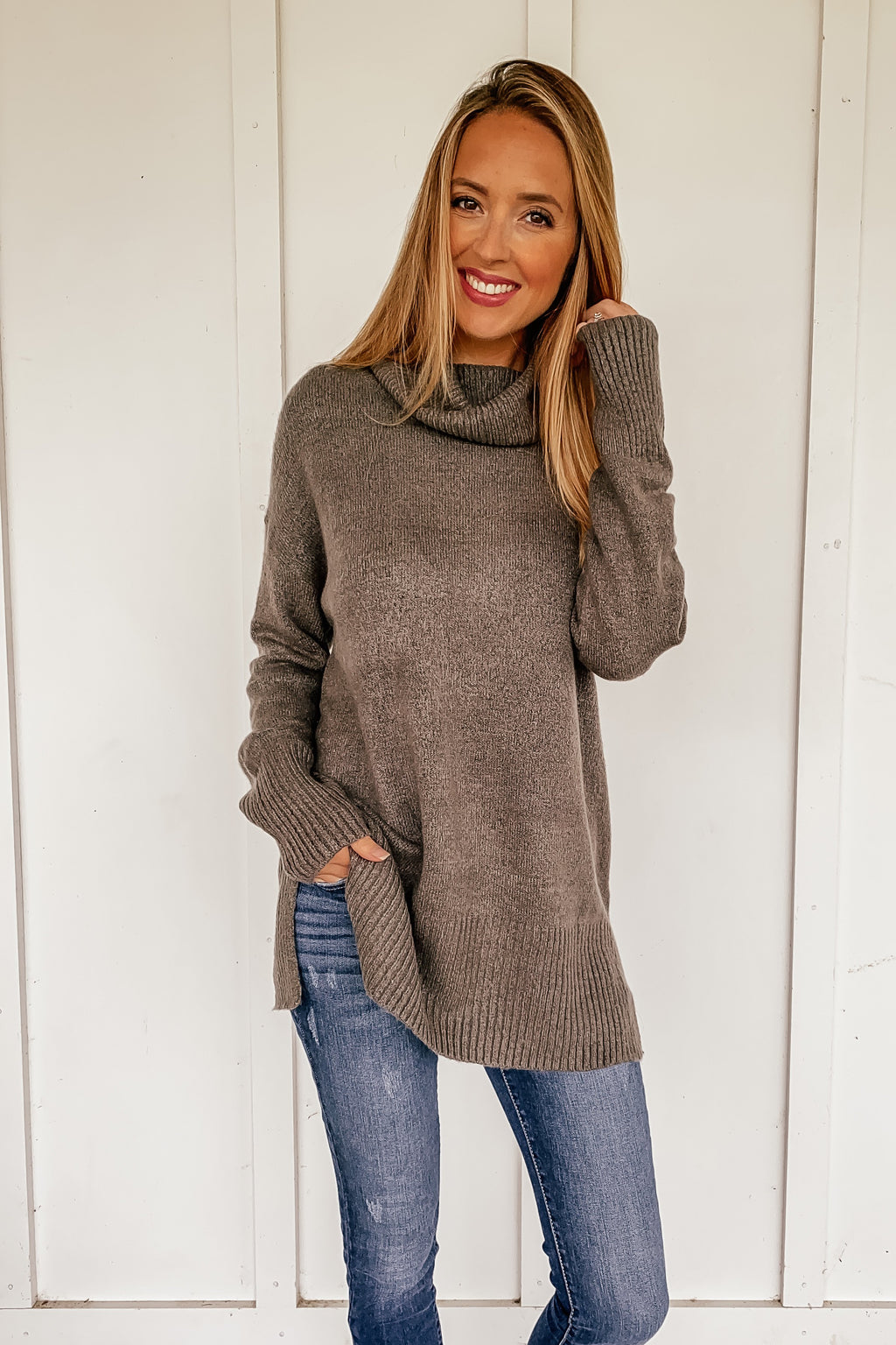 Cindy Turtleneck Tunic Sweater in Grey