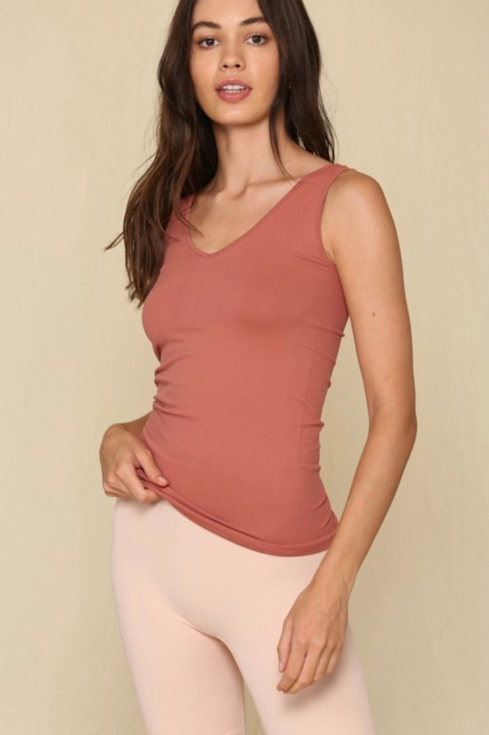 The Reversible Seamless Tank (7 colors)
