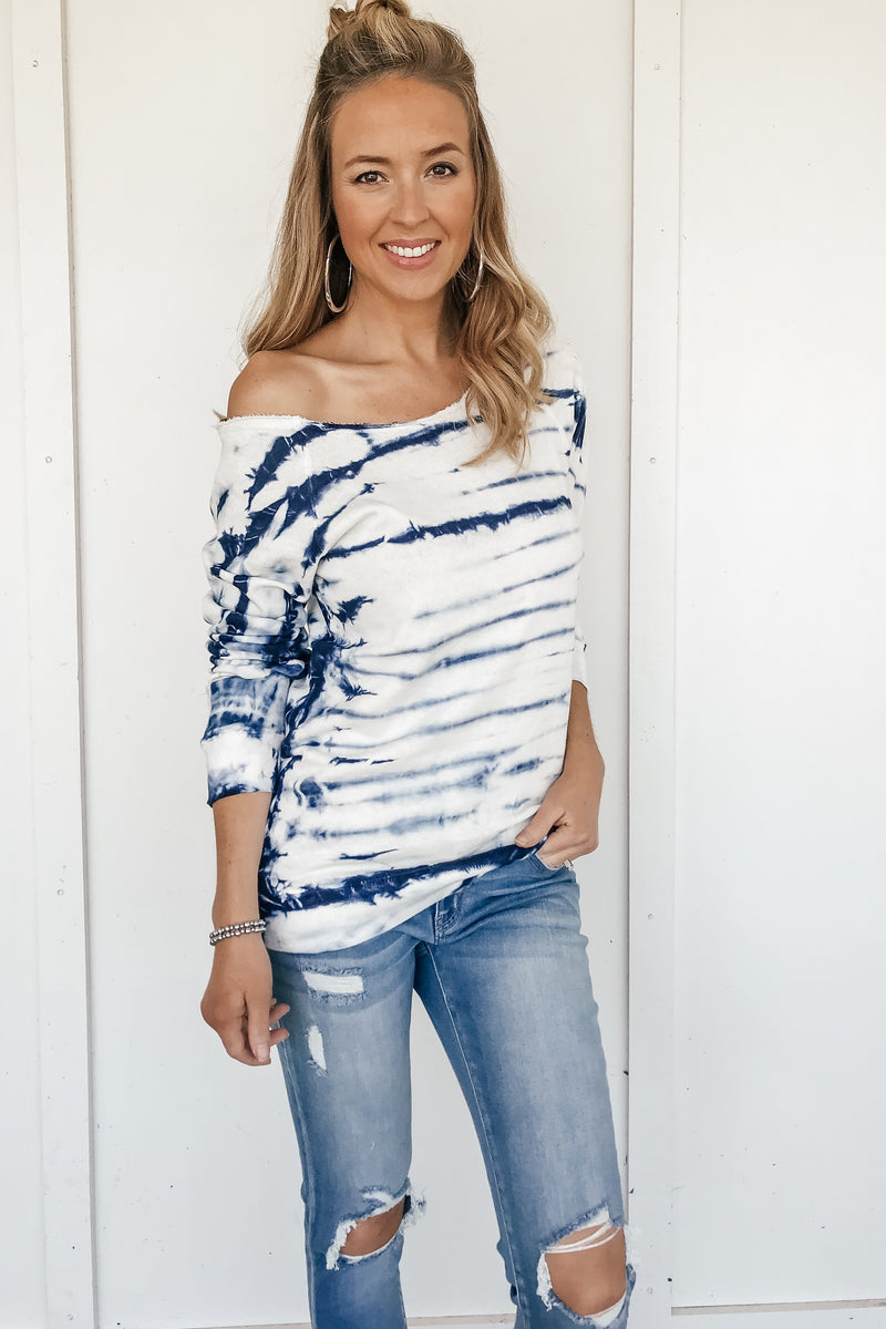 Off the Shoulder Tie-Dyed Sweatshirt