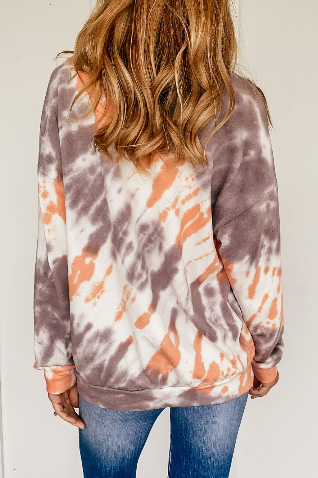 Color Contrast Tie Dye Sweatshirt in Coral and Mocha