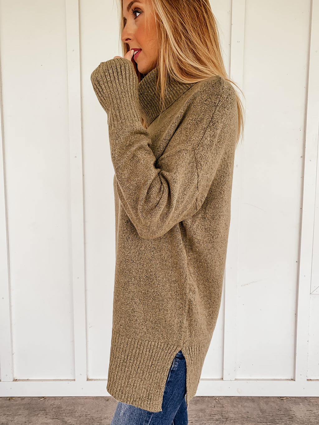 Cindy Turtleneck Tunic Sweater in Olive
