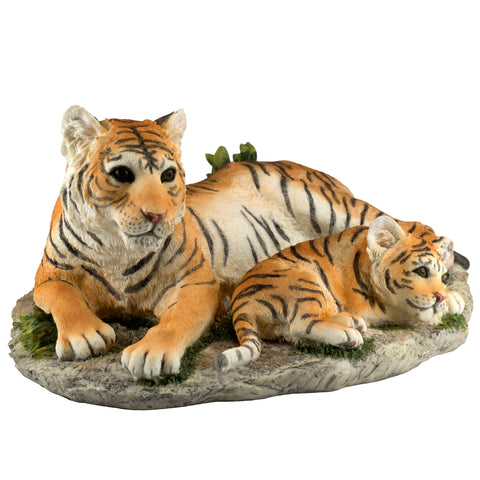 Tigress Tiger With Cub Figurine 1