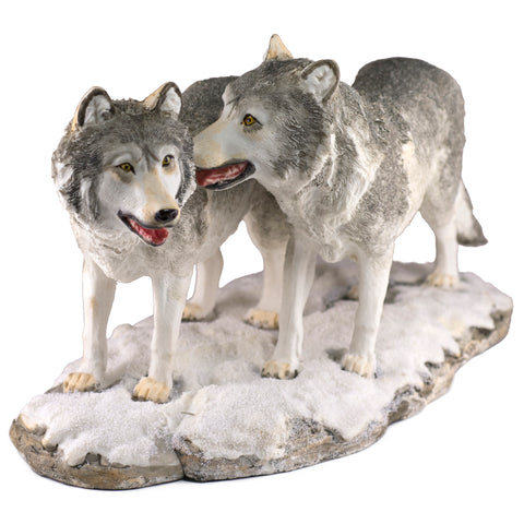 wolf couple figurine 1