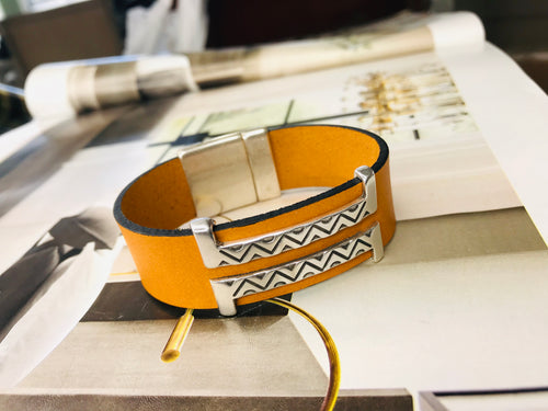 Mustard Double Silver Leather Bracelet