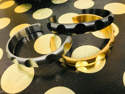 Unisex Gold Curve  Stainless Steel Cuff