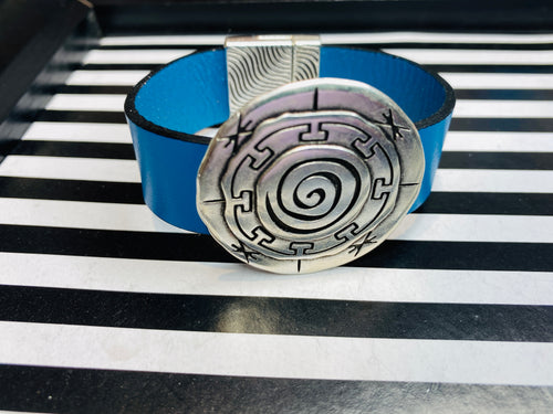 Men's Cream Jade, White Turquoise & Hematite Gemstone 3 Piece Skull Bracelet