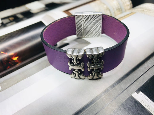 "Purple ""2 T"" Silver Leather Bracelet"