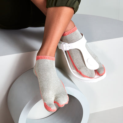 Women's Sideline Cotton Tabi Sneaker Socks