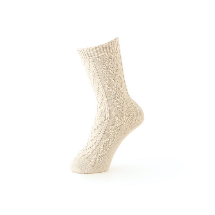 3-D Diamond Cable Knit Crew Socks