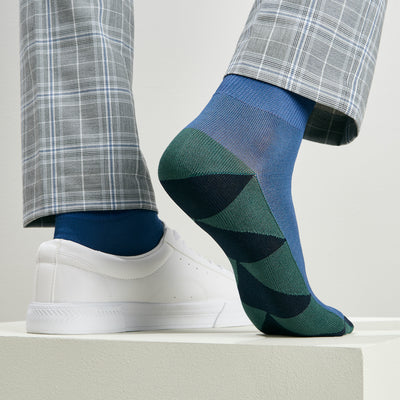 Triangle Patterned Sole Cotton Short Crew Socks